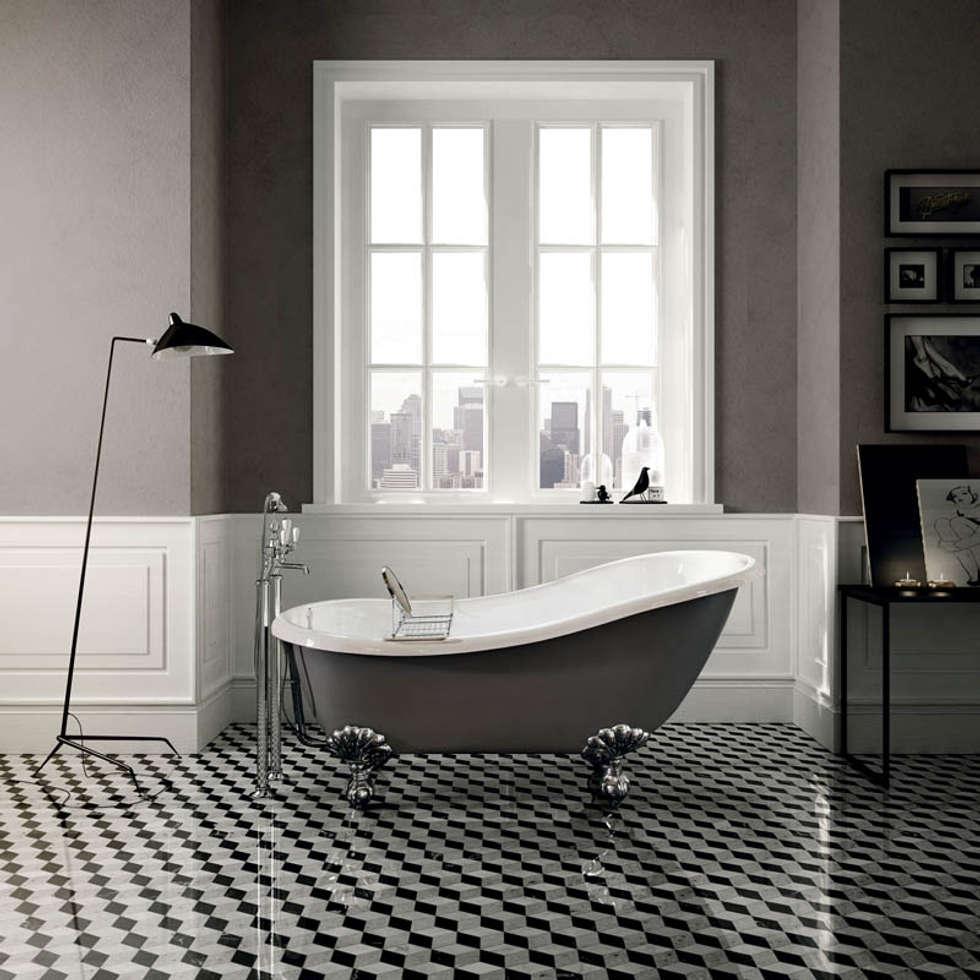 Regina Freestanding Bath: classic Bathroom by Devon&Devon UK