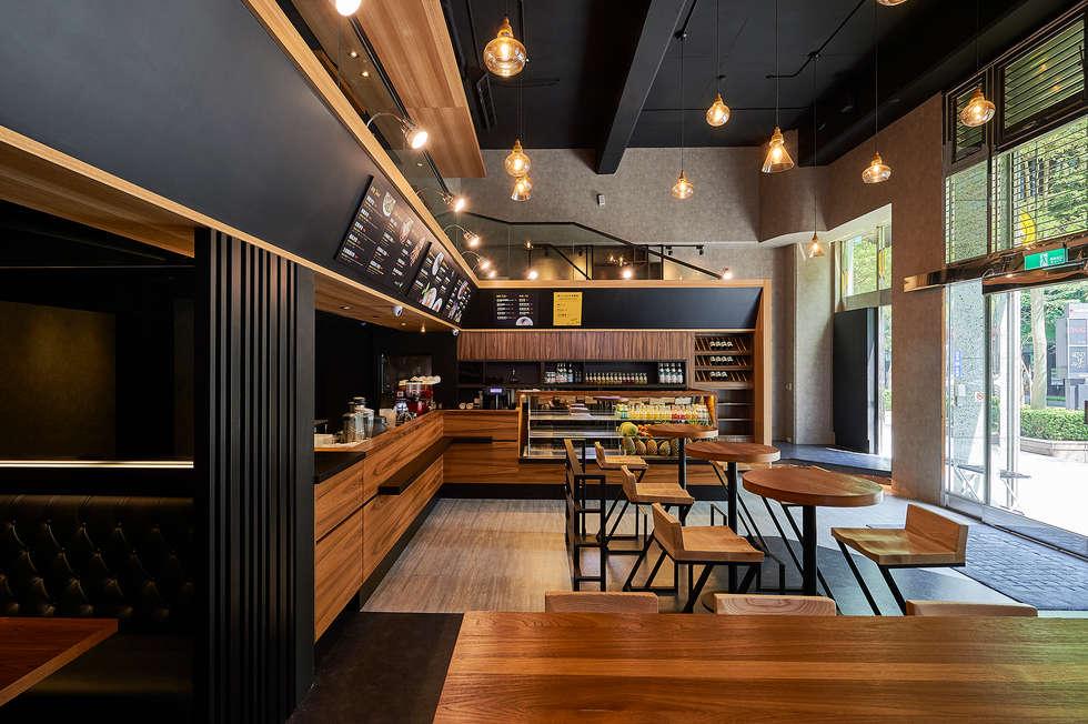 將鮮果吧轉化為亮麗設計特色:  餐廳 by 青瓷設計工程有限公司