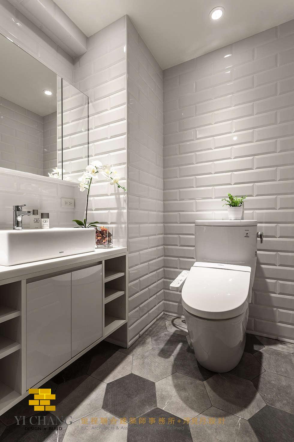 客衛:  浴室 by 垼程建築師事務所/浮見月設計工程有限公司