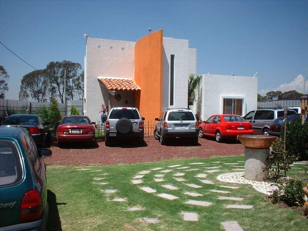 Casa Gonzalez : Casas de estilo moderno por SG Huerta Arquitecto Cancun