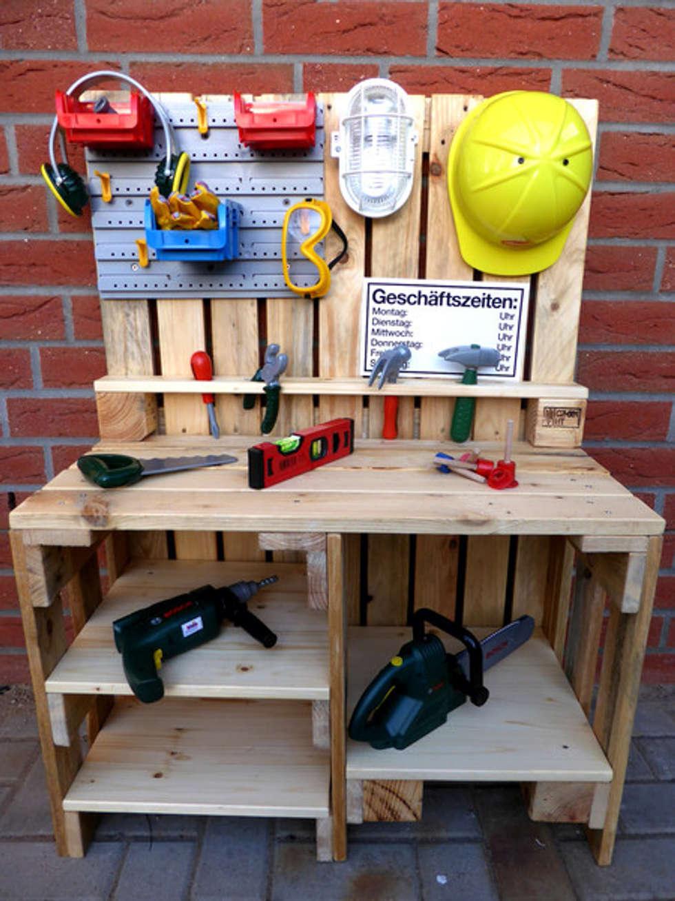 Kinder Werkbank aus Paletten Holz von Palettery | homify