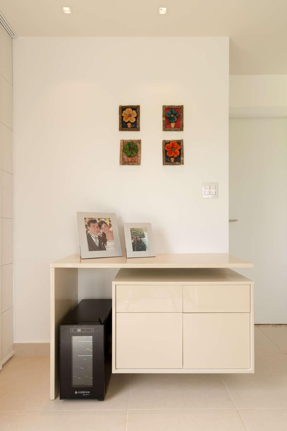 Fotos De Decora O Design De Interiores E Reformas Homify -> Adega Na Sala De Estar