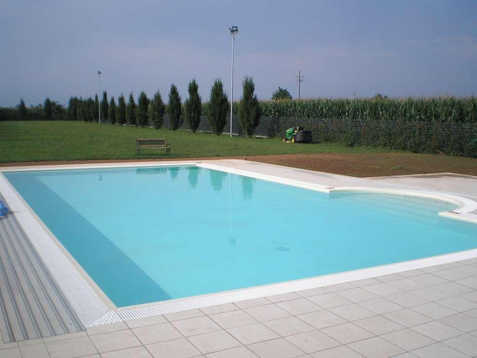 Idee arredamento casa interior design homify - Aquazzura piscine ...