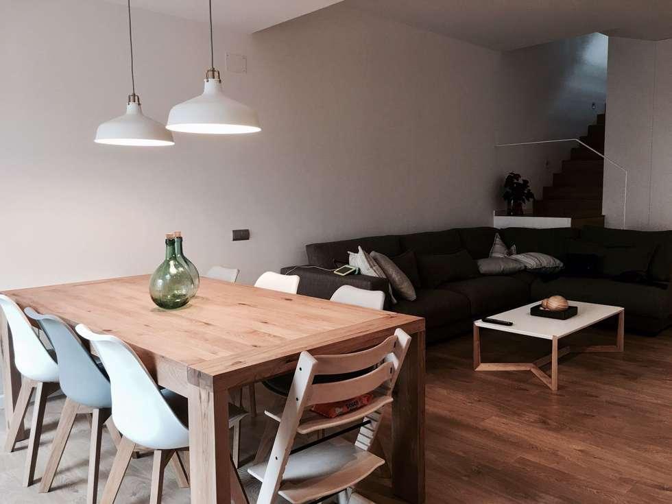 Mesa salon comedor: salones de estilo minimalista de smmarquitectura ...