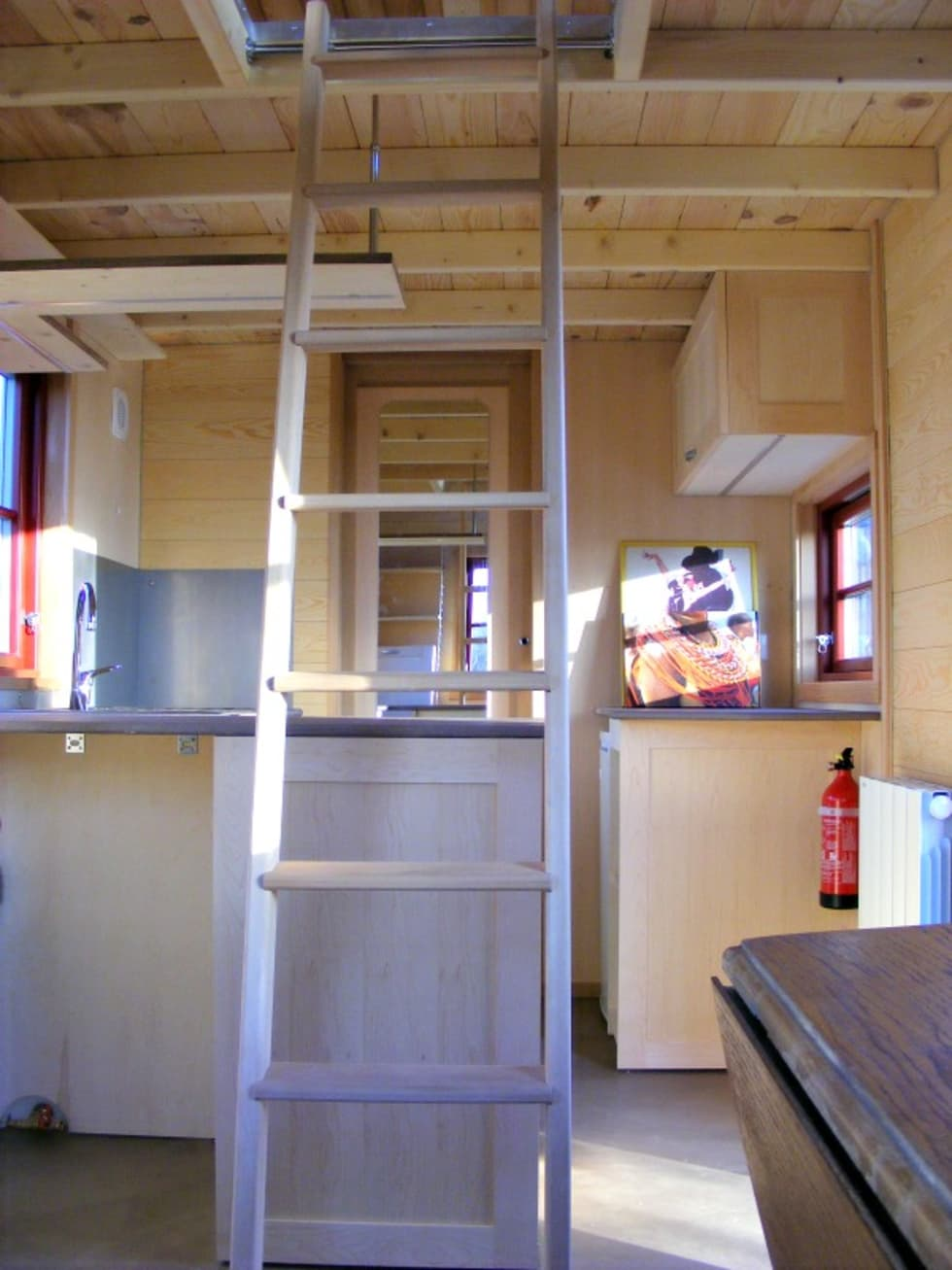 TINY HOUSE CONCEPT - ATEN 620 - CUISINE: Cuisine de style de style Minimaliste par TINY HOUSE CONCEPT - BERARD FREDERIC