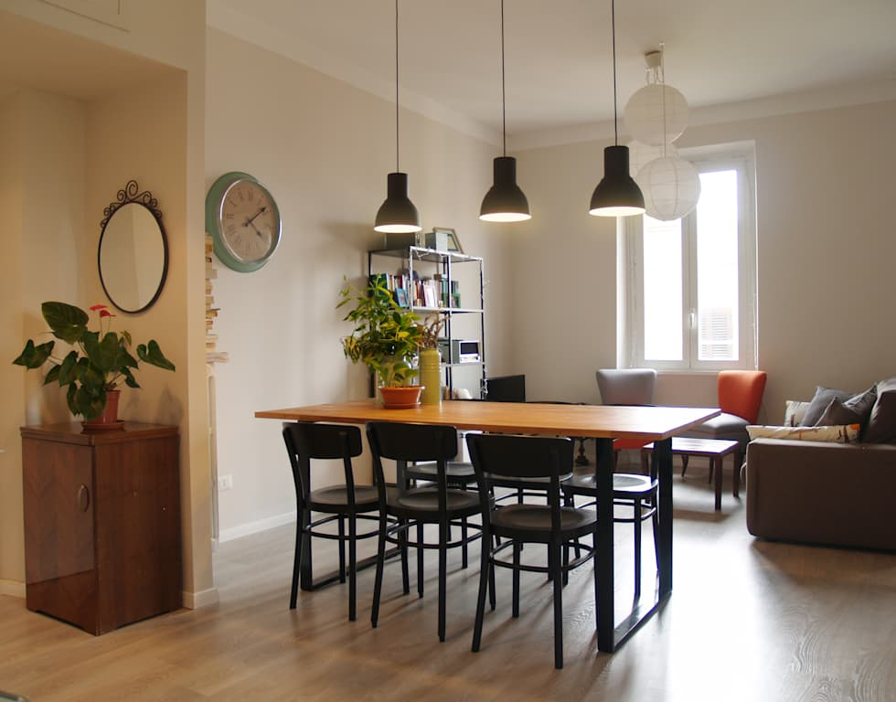 Soggiorno: sala da pranzo in stile in stile scandinavo di ...