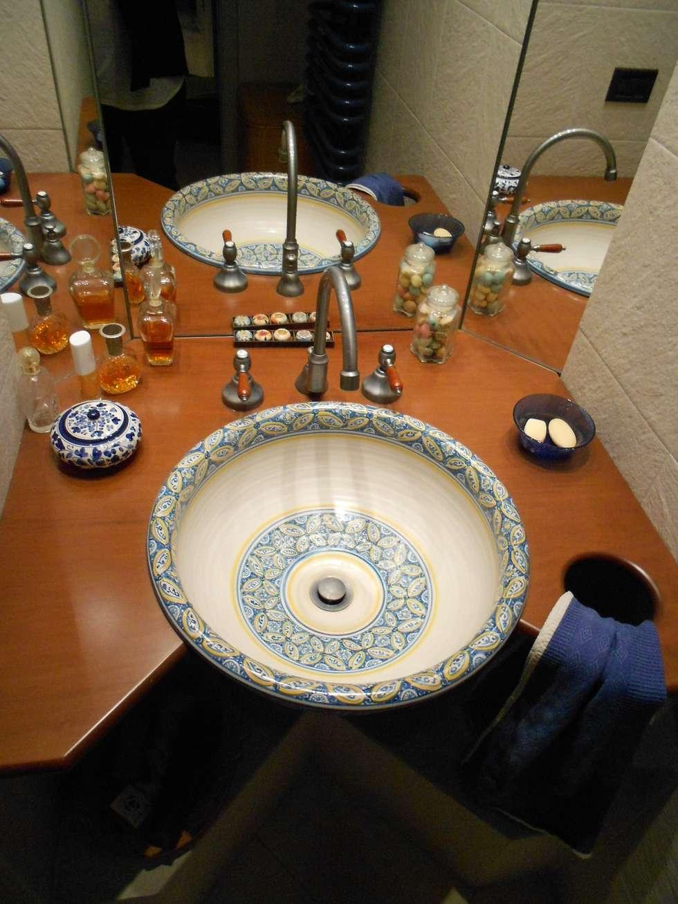 bagno giorno: Bagno in stile in stile Moderno di Studio arch. Orban Agota