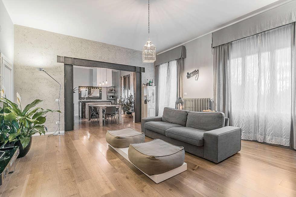 Soggiorno open space soggiorno in stile in stile moderno for Soggiorno moderno design