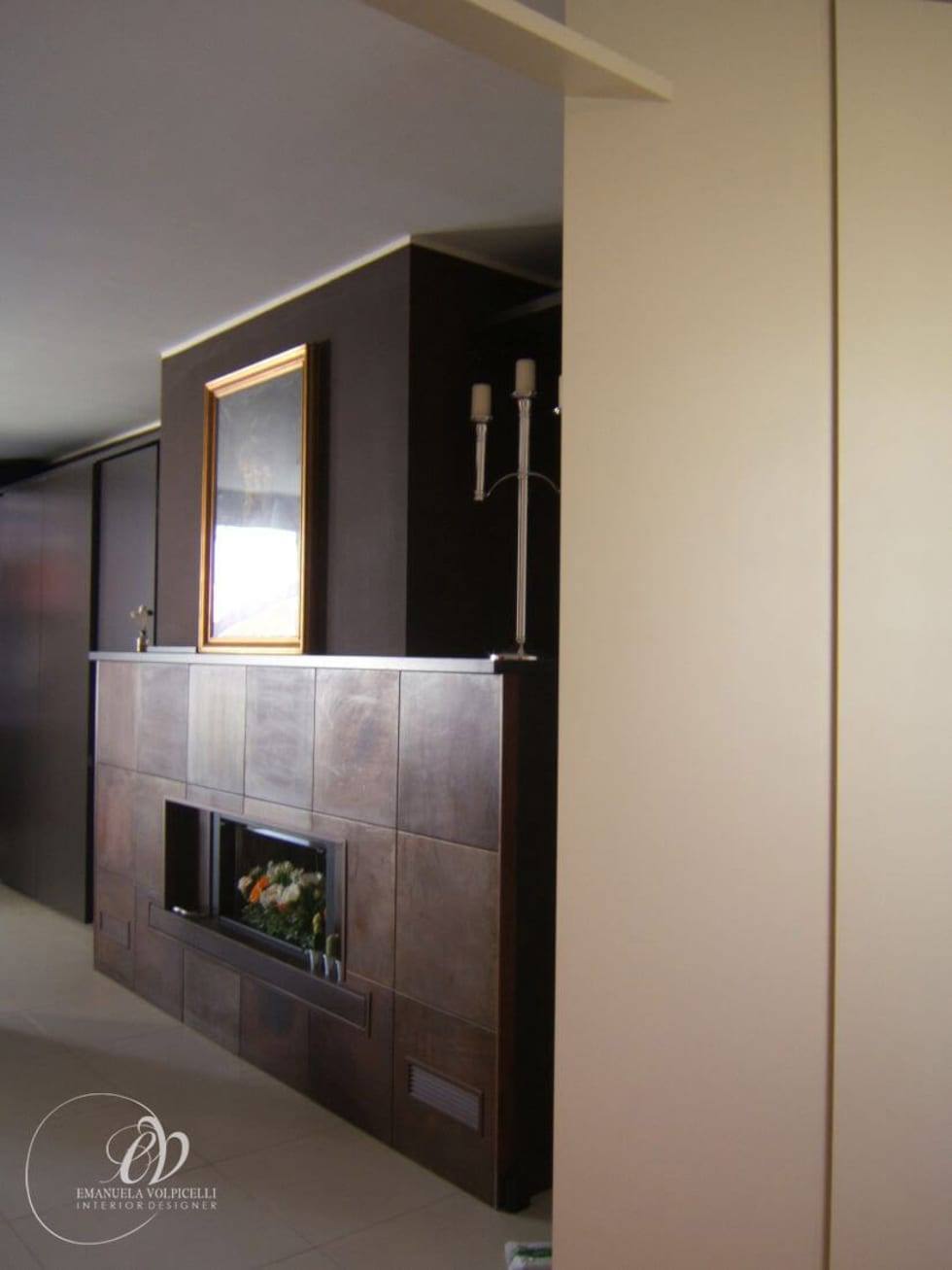 ELEGANTE LINEARITA': Soggiorno in stile in stile Moderno di Emanuela Volpicelli Interior Designer