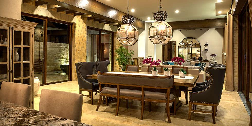 mediterrane wohnzimmer von interprika homify. Black Bedroom Furniture Sets. Home Design Ideas