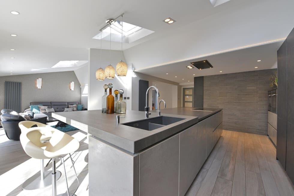 Mr & Mrs Birch: modern Kitchen by Diane Berry Kitchens