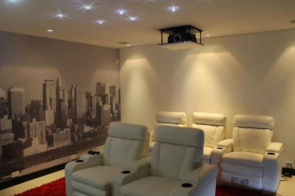 INTERIOR: Salas de estilo moderno por IngeniARQ