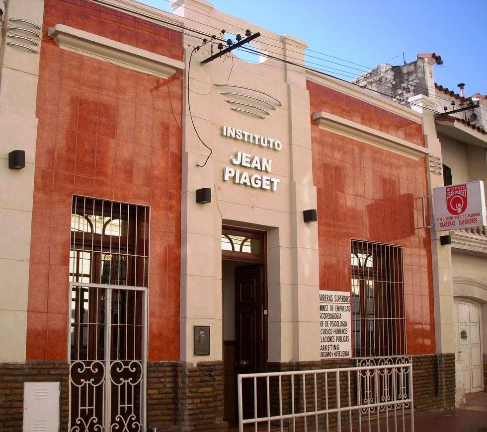 Instituto de Educación de Nivel Secundario y Terciario: Escuelas de estilo  por Valy