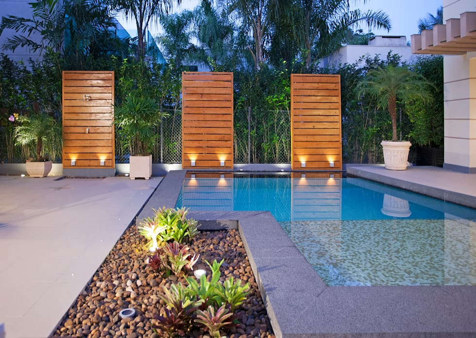 Fotos de decora o design de interiores e reformas homify - Duchas exteriores para piscinas ...