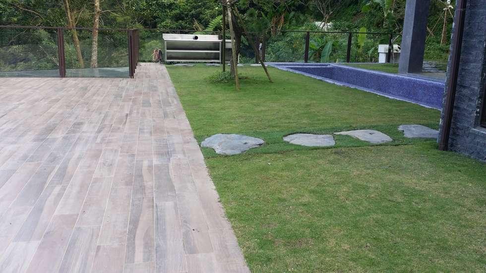 庭園造景規劃:  庭院 by 霖森園藝