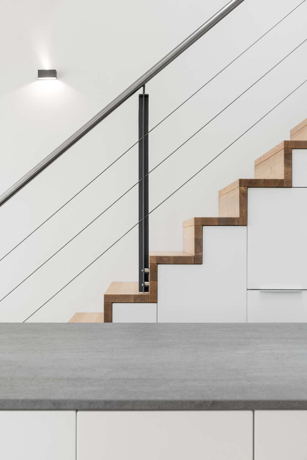 Materialien: moderne küche von carola augustin innenarchitektur | homify