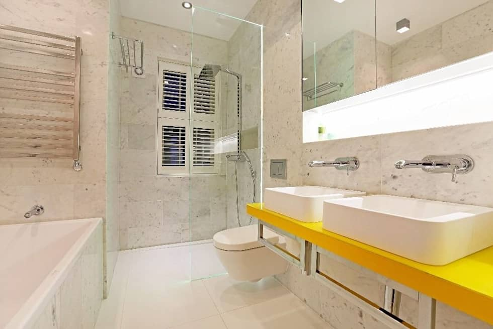 House renovation and extension in Fulham, SW6: modern Bathroom by APT Renovation Ltd