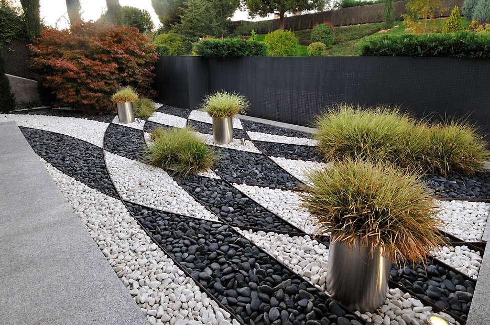 Un jard n de inspiraci n oriental jardines de estilo for Bajos con jardin en pozuelo