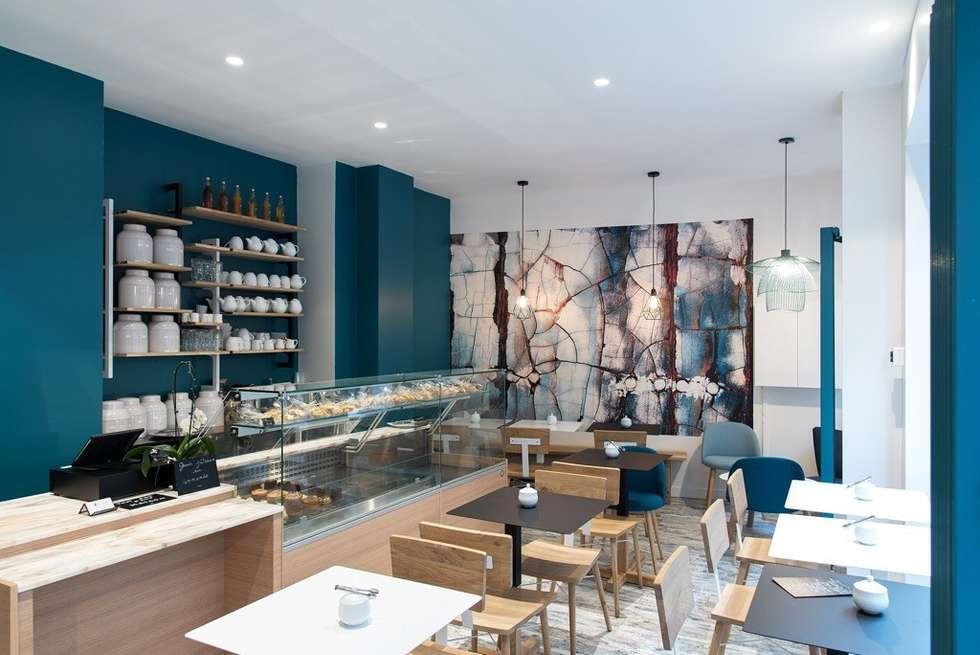 Agencement et décoration d'un salon de thé (Paris 12e): Salon de style de style Moderne par Joseph Vithaya