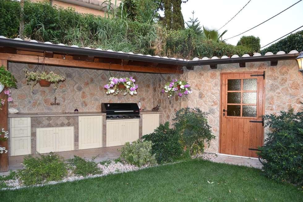 Idee arredamento casa interior design homify - Zona barbecue in giardino ...
