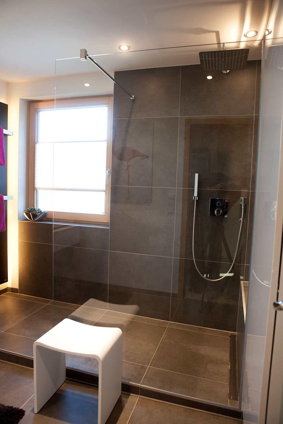 Große Walk In Dusche : Moderne Badezimmer Von HEIMWOHL GmbH