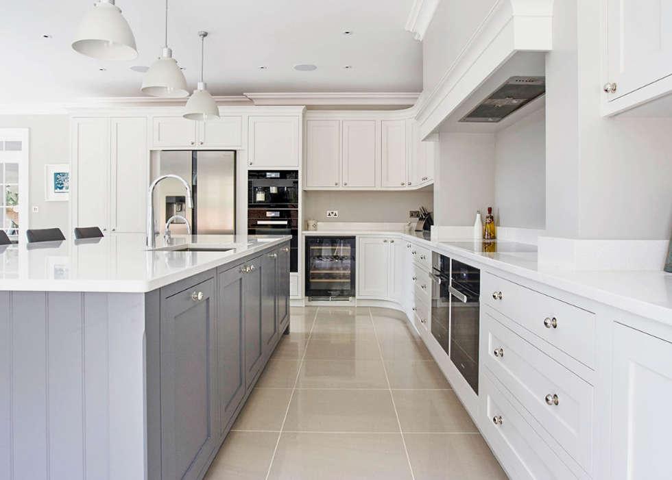 Modern Shaker Kitchen: modern Kitchen by Stonehouse Handmade Bespoke Kitchens