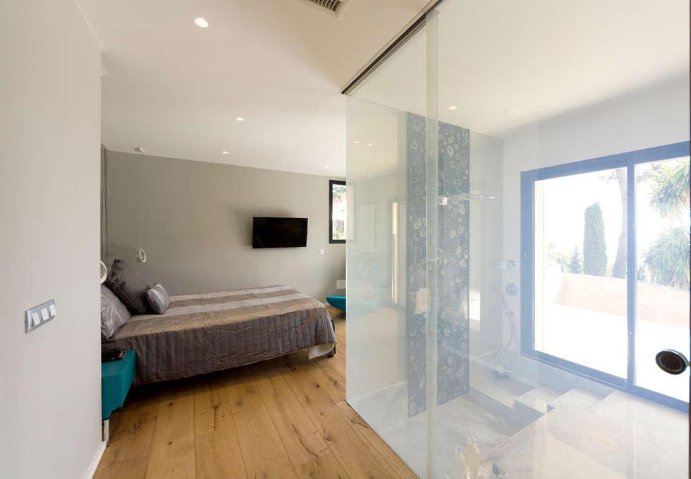 Ingresso camera padronale: Camera da letto in stile in stile Moderno di MBquadro Architetti