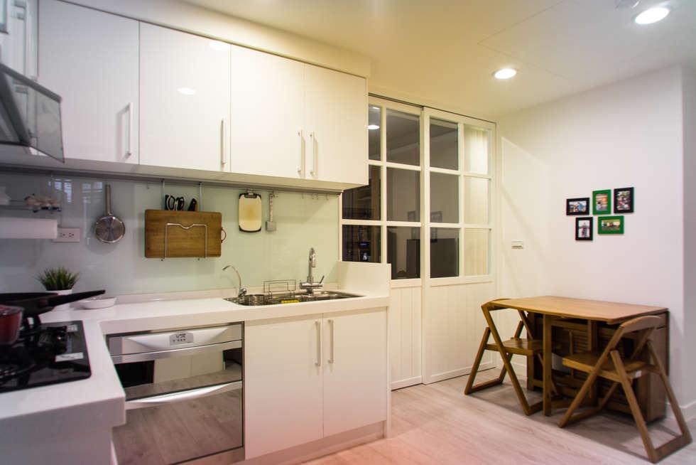 廚房:  廚房 by UNIQUE DESIGN優尼客空間設計