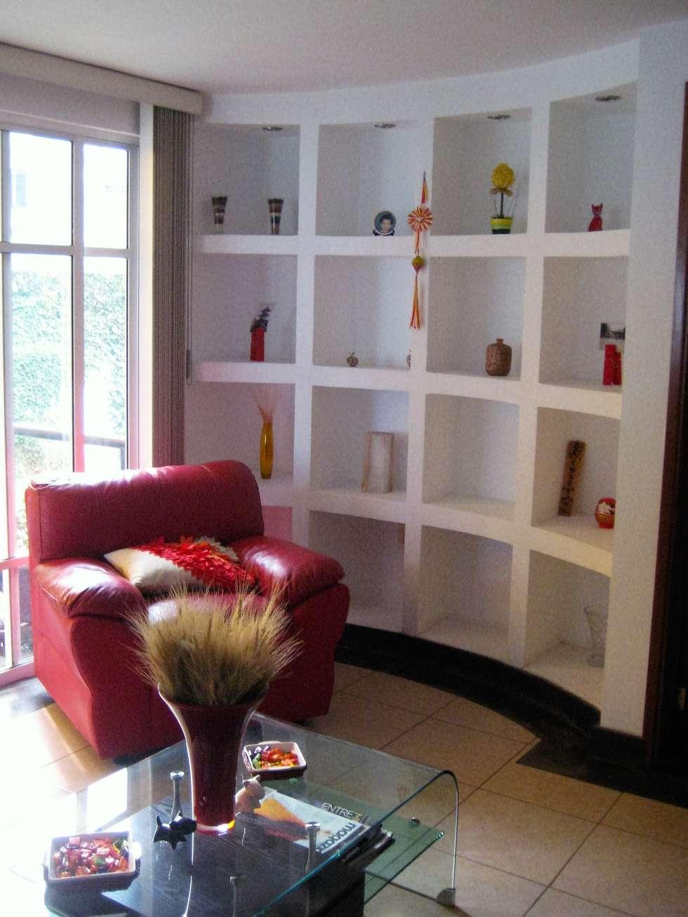 Sala y esquina: Salas de estilo moderno por ATMEE Alta tecnología de material eléctrico y electrónico SA de CV