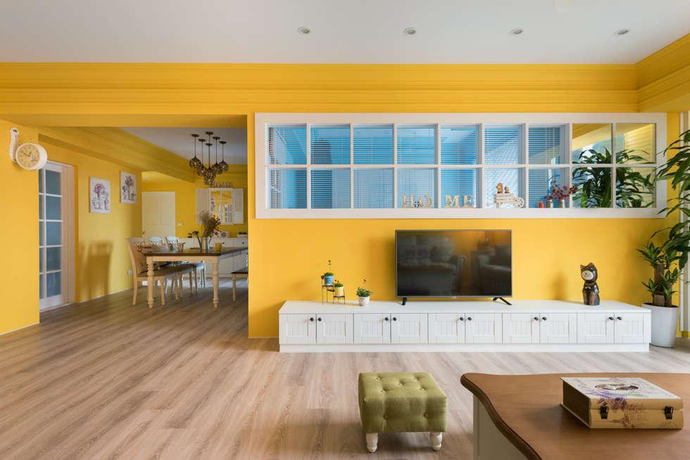 Glocal Architecture Office (G.A.O) 吳宗憲建築師事務所/安藤國際室內裝修工程有限公司의  거실
