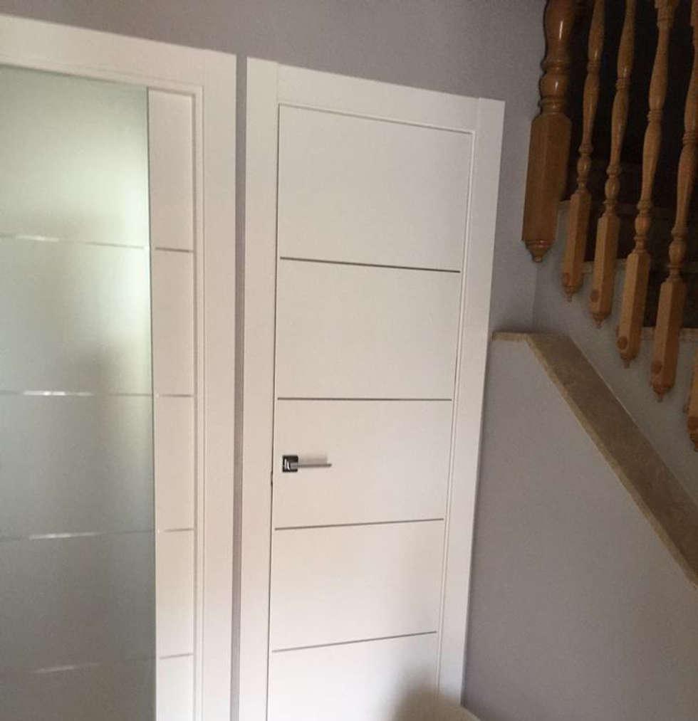 Fotos de decoraci n y dise o de interiores homify for Puertas de interior blancas lacadas baratas