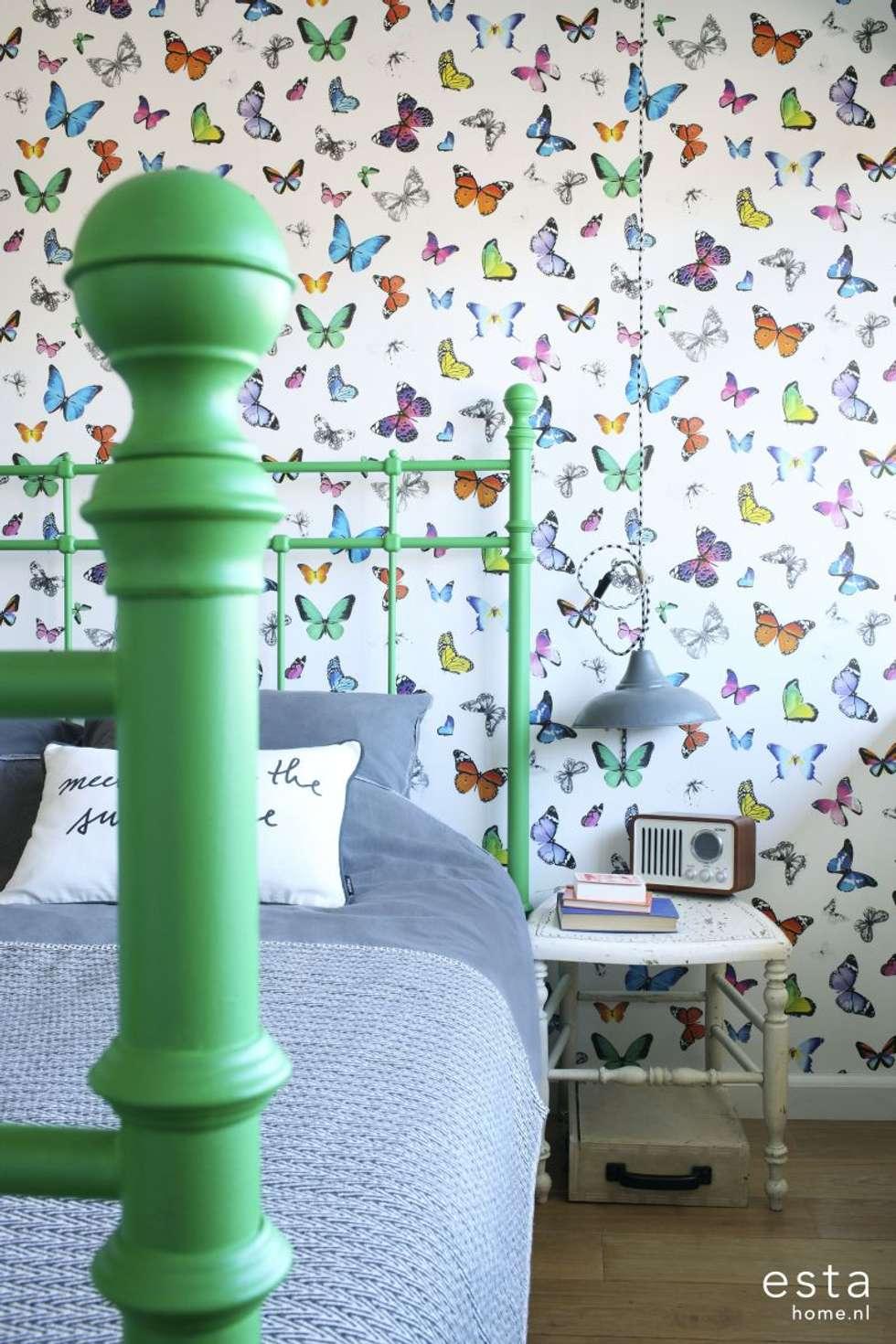 vliesbehang vlinders kleurrijk:  Muren & vloeren door ESTAhome.nl
