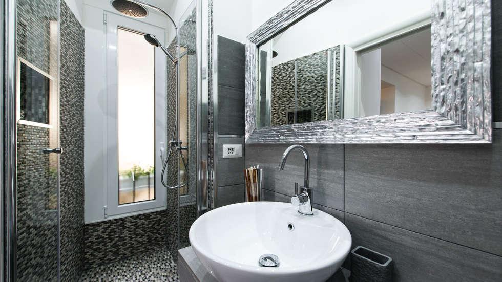 Idee arredamento casa interior design homify - Ristrutturazione bagno roma ...
