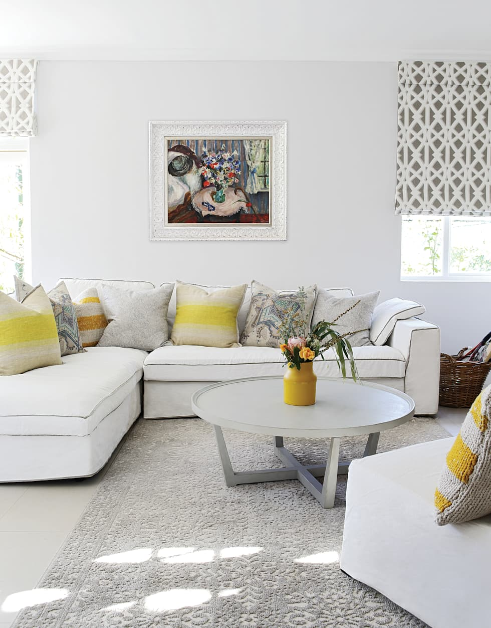 Guest Suite: eclectic Living room by Natalie Bulwer Interiors