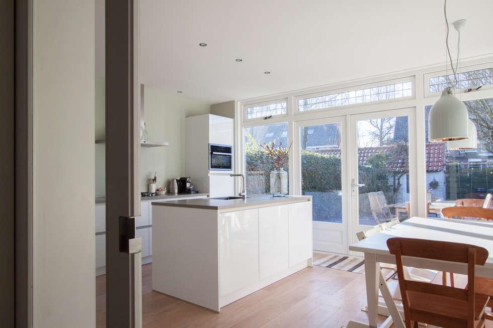 Keuken Uitbouw Design : Aanbouw jaren woning moderne keuken door joolsdesign homify