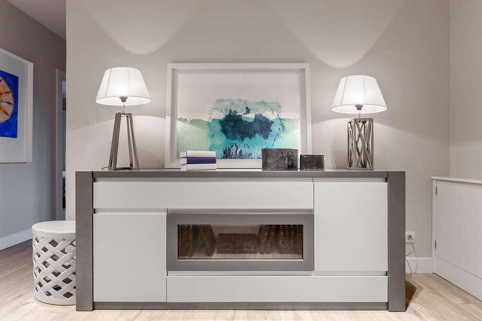 modern Dining room by Basoa Decoración