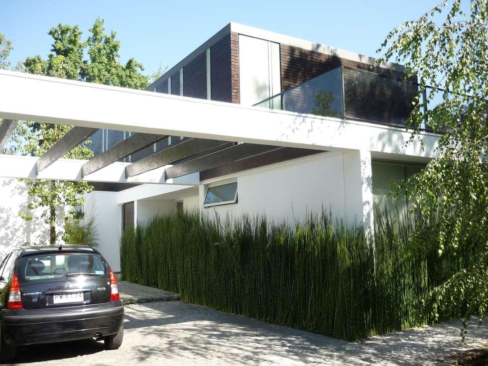 Casa Joullié: Casas de estilo minimalista por Claudia Tidy Arquitectura