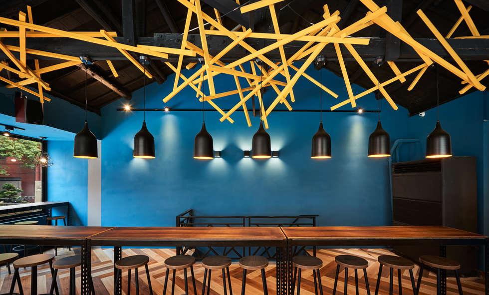 令人印象深刻的「巢」意象。:  餐廳 by 有偶設計 YOO Design