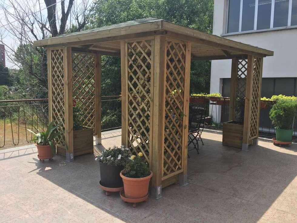 Idee arredamento casa interior design homify - Mobile terrazzo legno ...