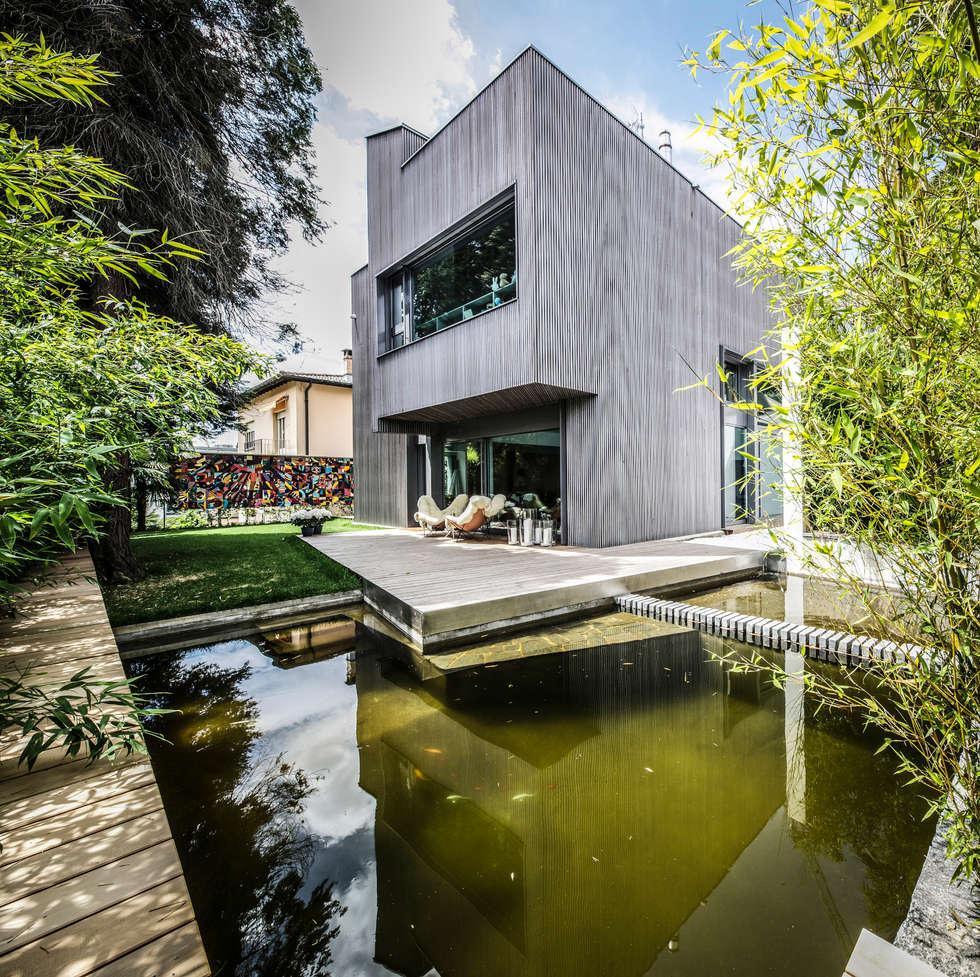 Cool villa di legno lugano fotografia esterni e interni for Ville di legno di lusso