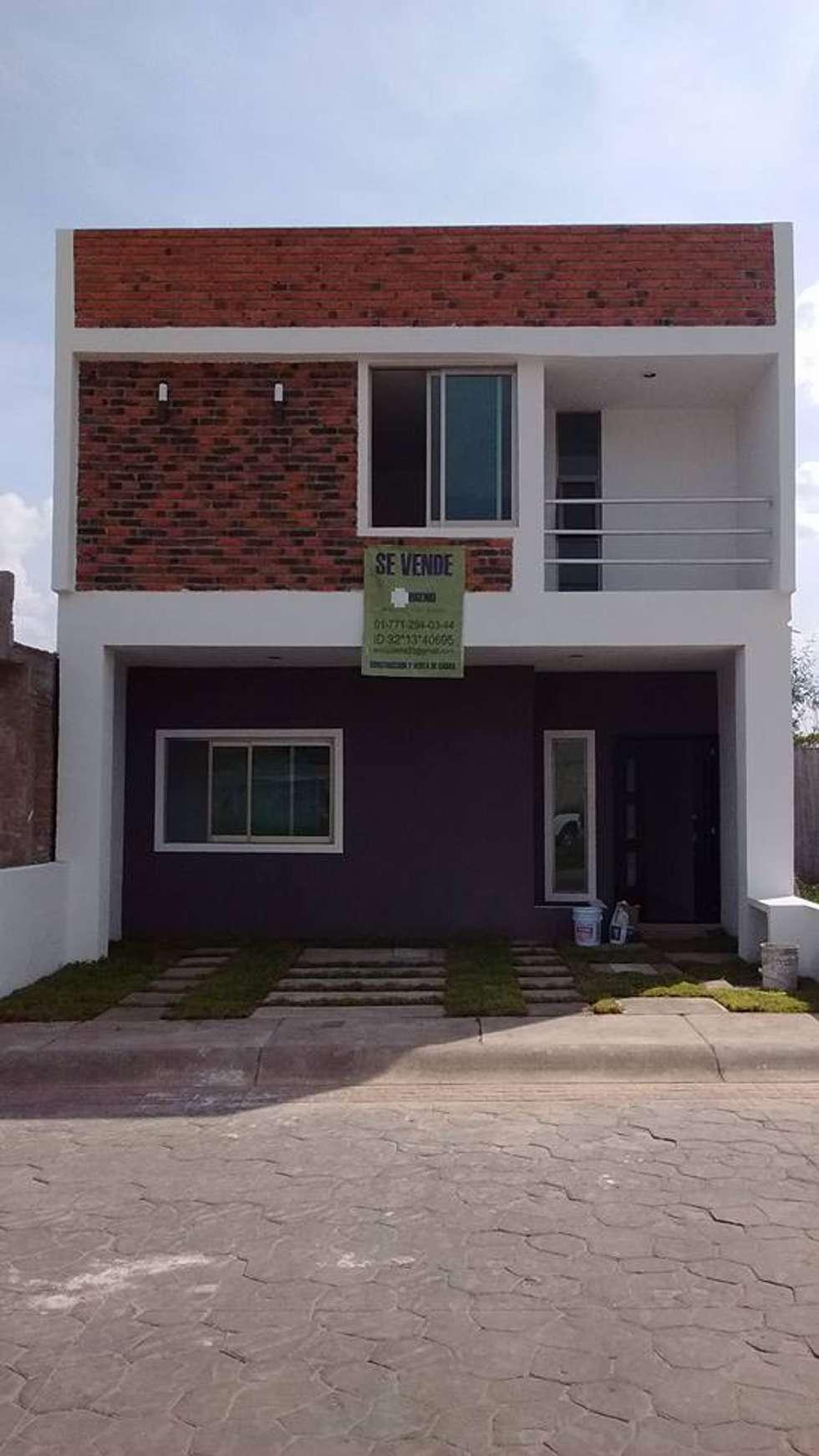 Fachadas balcones y terrazas de estilo minimalista por Pisos modernos para casas minimalistas