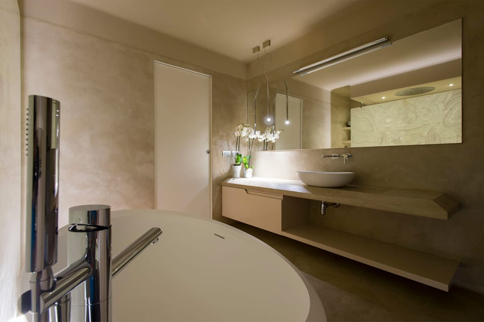 Sala Da Bagno Moderna : Vista della sala da bagno : bagno in stile in stile moderno di