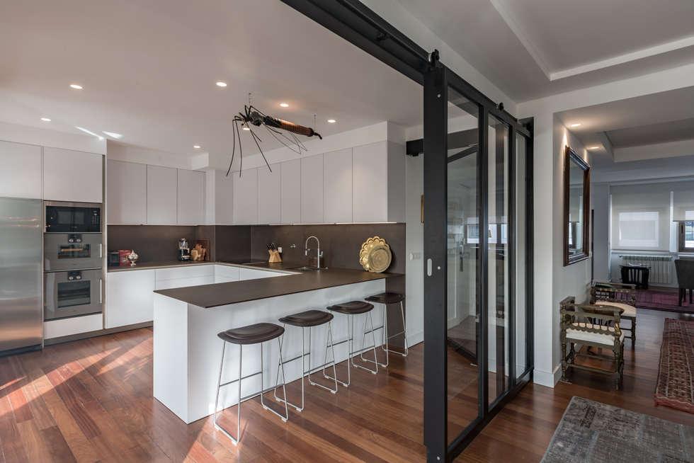 Fotos de decora o design de interiores e remodela es for Heladera y cocina juntas
