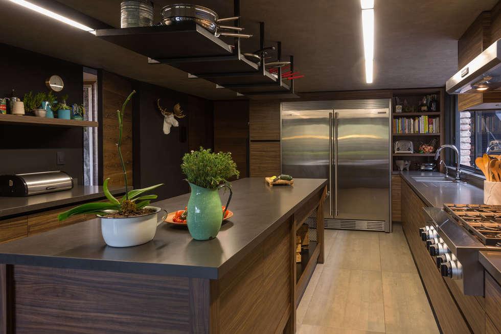 Casa ar cocinas de estilo moderno por arco arquitectura for Estilos de arquitectura contemporanea