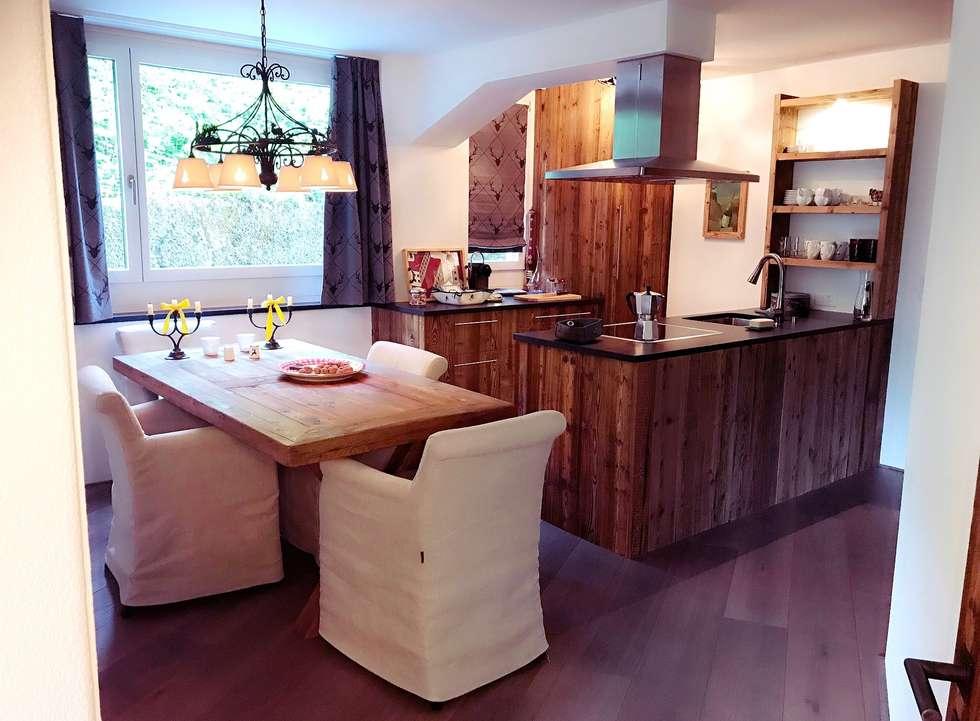 Kompletter Umbau Und Inneneinrichtung : Landhausstil Küche Von Edelwiis  Holzmöbel