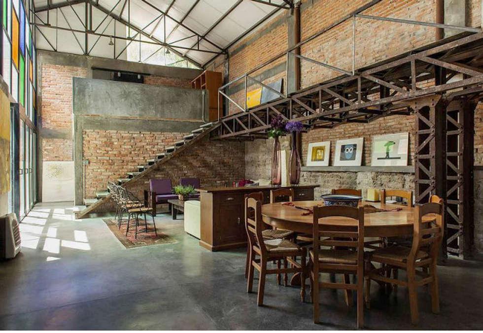 Loft Casas De Estilo Industrial Por Ambientes Con Arte