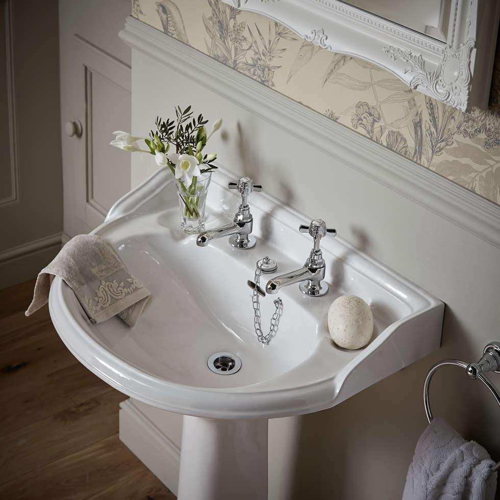 Heritage Bathrooms Victoria Bathroom Suite In White: Interior Design Ideas, Redecorating & Remodeling Photos