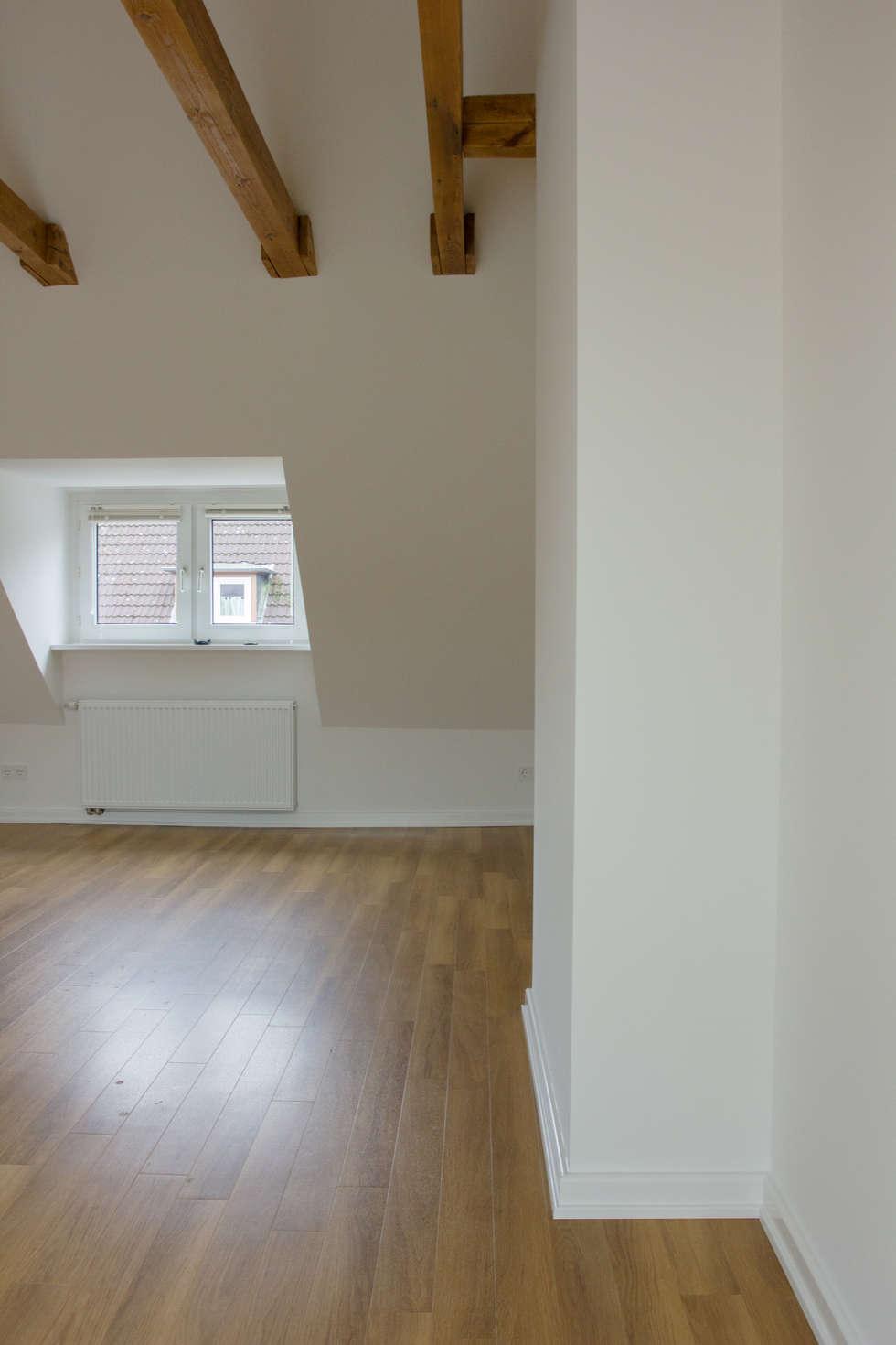Wohnraum renoviert: moderne wohnzimmer von ankelietzke ...
