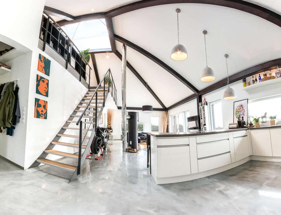 Panorama: Küche   Wohnzimmer   Galerie: Flur U0026 Diele Von K MÄLEON Haus