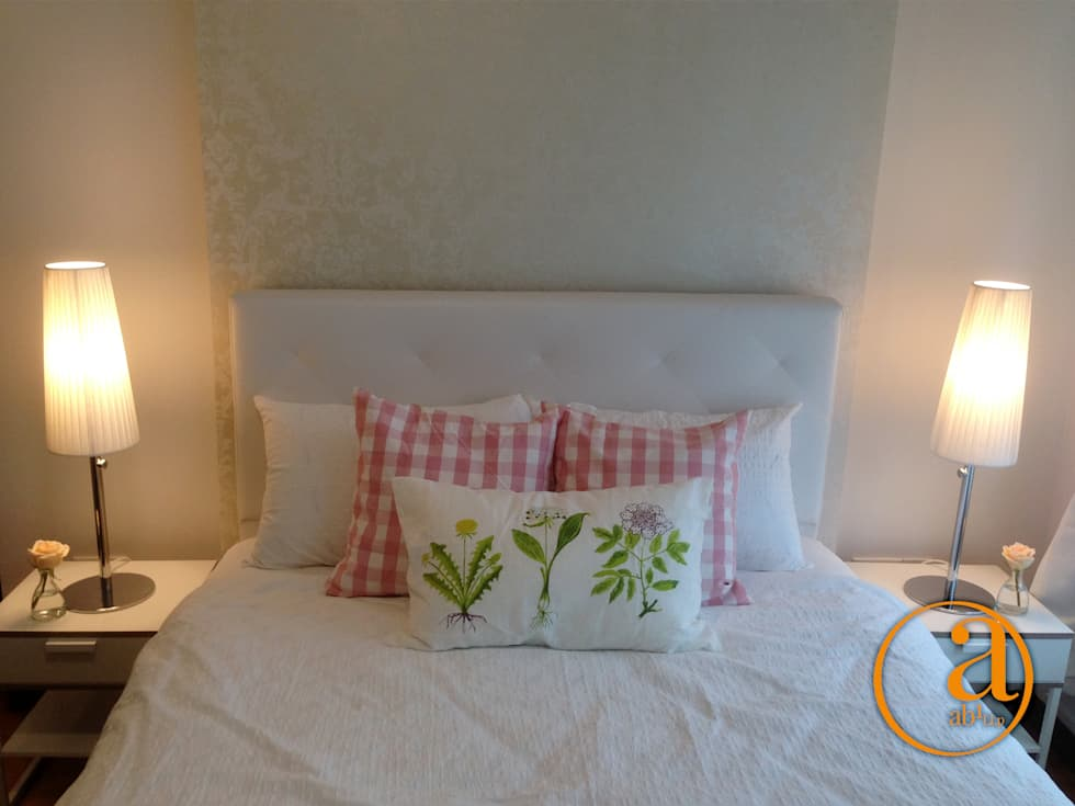 Project @ 342C Yishun Ring Road: classic Bedroom by ab1 Abode Pte Ltd
